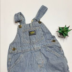 🌵OshKosh Bgosh striped conductor overalls